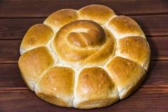 Pão na tabela de madeira O pão é padaria Imagens de Stock