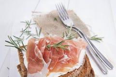 Pão, queijo e presunto Fotos de Stock Royalty Free