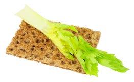 Pão torrado com o aipo baixo - alimento da dieta da caloria Fotos de Stock Royalty Free