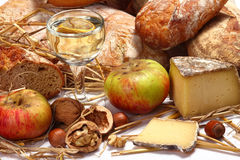 Pão, vinho, queijo Imagens de Stock Royalty Free