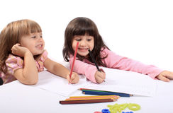Pädagogische Entwicklung der kleinen Mädchen Stockfotografie