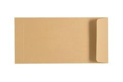 Pärlemorfärg brunt kuvert som isoleras på en vit bakgrund Fästa ihop PA Arkivbilder