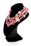 pärlemorfärg pink för halsband royaltyfria bilder