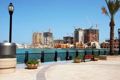 pärlemorfärg projekt qatar Royaltyfri Bild