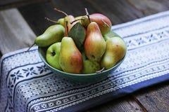 Päron från trädgård Royaltyfria Bilder