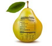 Päron med näringfaktumetiketten. Begrepp av hälsa Arkivbilder