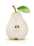 Päron som delas på vit bakgrund Royaltyfri Fotografi