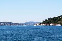 På Bosphorusen Royaltyfri Foto
