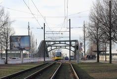 På den historiska Bornholm bron i Berlin Arkivfoto