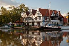 På den Motlawa floden gdansk Arkivbild