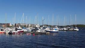 På en solig juni dag i hamnen av Lappeenranta finland lager videofilmer