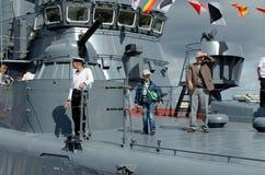 På festivalen av krigsskepp Arkivfoto