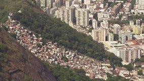 På hög nivå sikt på Favela Santa Marta arkivfilmer