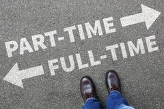 På halvtid och heltid begrepp för man för jobbaffärsmanaffär Arkivfoto