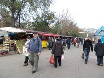 På marknaden Arkivbild