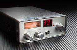 På radiosände Arkivfoton