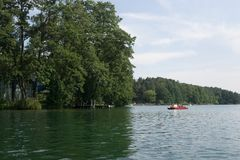 På sjön i Polen fotografering för bildbyråer
