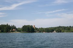 På sjön i sommar royaltyfria foton