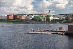 På stadssjön i Kazan Tatarstan Royaltyfria Foton