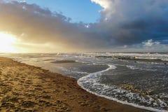 På stranden av Norderney i Tyskland Royaltyfria Bilder