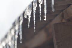 Is på taklägga arkivfoto