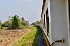 På vägen från Phnom Penh till Sihanoukville Cambodja royaltyfri foto