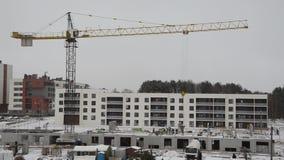 Påse för konstruktionskranar av betong för ny hem- byggnad lager videofilmer