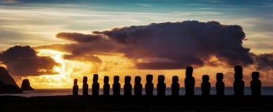 Påsköar Moai royaltyfri bild