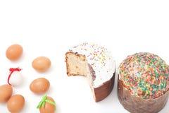 Påsk två och ägg på vit bakgrund royaltyfri fotografi