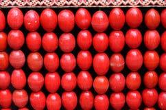 Påskbakgrund av de röda äggen Royaltyfri Foto