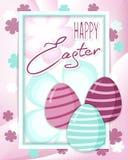 Påskhälsningkort med det easter ägget och blommor Arkivfoto