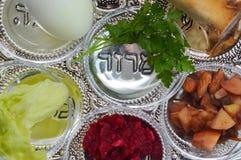 Påskhögtiden Seder pläterar fotografering för bildbyråer