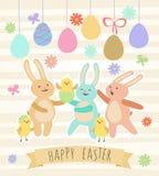 Påskkort med gulliga kaniner, roliga hönor och ägg Arkivbilder