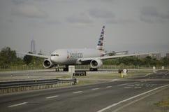 Påven Francis avgår NYC efter hans historiska USA-besök, JFK-flygplats Arkivbild