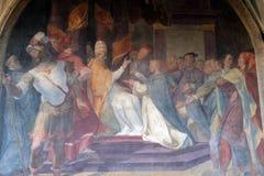 Påven Honorius III bekräftar den dominikanska regeln, den Santa Maria Novella kyrkan i Florence royaltyfria bilder