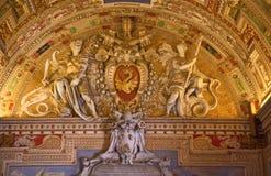 påvligt statysymbol vatican för museum Royaltyfri Foto