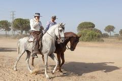 Pèlerins à cheval en EL Rocio, Espagne Photographie stock libre de droits