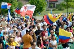 Pèlerins avec des drapeaux, jour 2016 de la jeunesse du monde images libres de droits