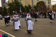 Pèlerins dans le défilé de thanksgiving de Philly Image stock
