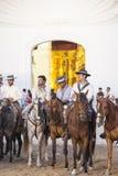 Pèlerins devant l'ermitage en EL Rocio, Espagne Photo libre de droits
