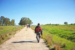 Pèlerins sur le Camino De Santiago, Espagne, chemin vers Santiago photo libre de droits