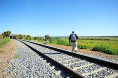 Pèlerins sur le chemin vers Santiago, par l'intermédiaire de De La Plata, province de Badajoz, Espagne Photographie stock libre de droits