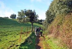 Pèlerins sur le chemin vers Santiago, Tentudia, par l'intermédiaire de De La Plata, province de Badajoz, Espagne Photographie stock libre de droits