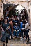 Pèlerins sur par l'intermédiaire de Dolorosa Images stock