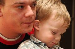 Père et fils. Image stock