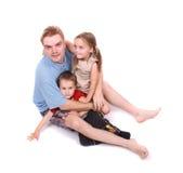 Père et ses deux enfants photographie stock