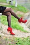 Pé 'sexy' com sapatas vermelhas Imagem de Stock
