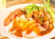 Pé Stewed da carne de porco no arroz Fotografia de Stock