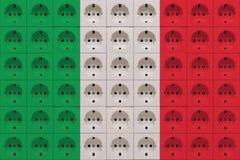 Péché électrique de prise de débouchés les couleurs du drapeau de l'Italie photos libres de droits