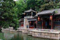 Pékin, Chine - 15 mai 2018, touristes faisant des emplettes dans le stre de Suzhou images libres de droits